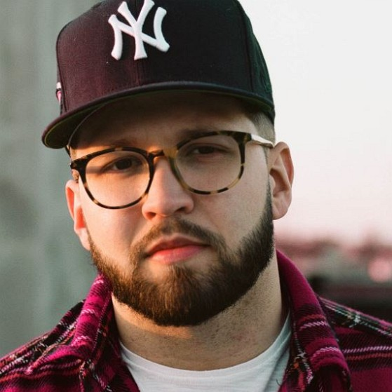 How much is Andy Mineo worth