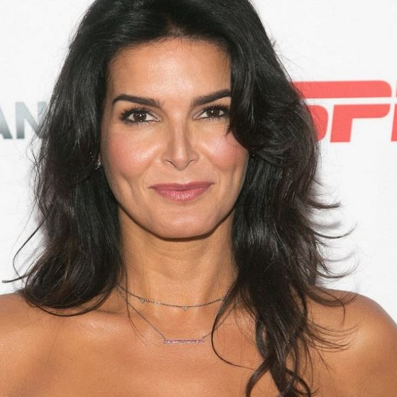 How much is Angie Harmon worth