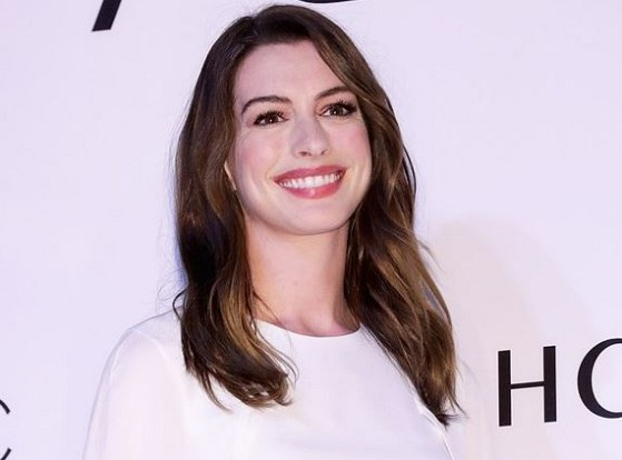 How much is Anne Hathaway worth