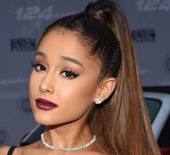 How much is Ariana Grande worth