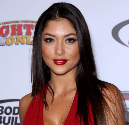 How much is Arianny Celeste worth