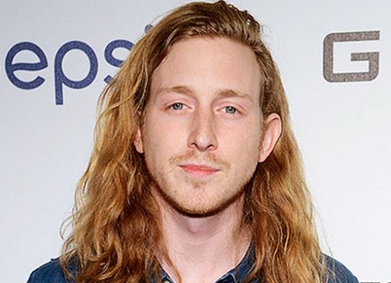 How much is Asher Roth worth
