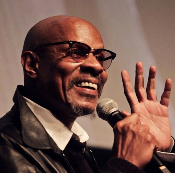 How much is Avery Brooks worth