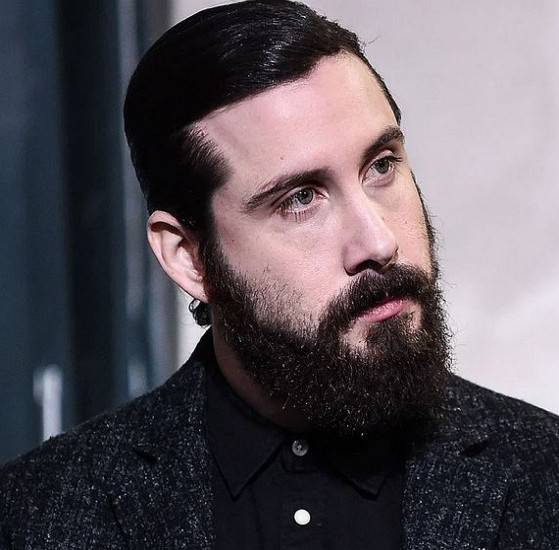How much is Avi Kaplan worth