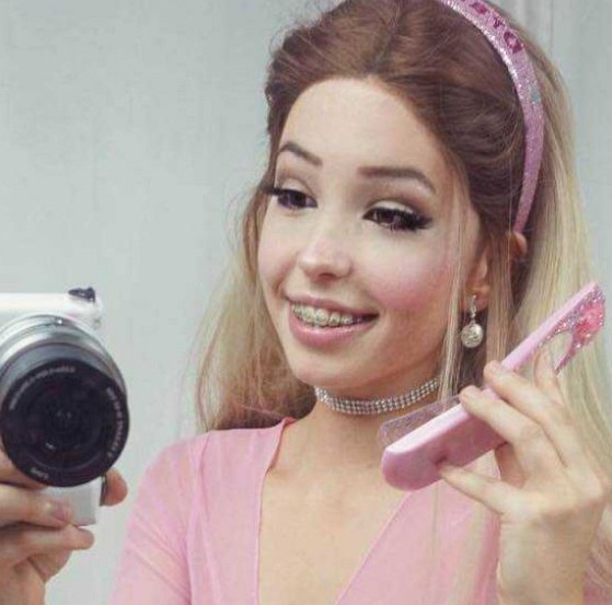 How much is Belle Delphine worth