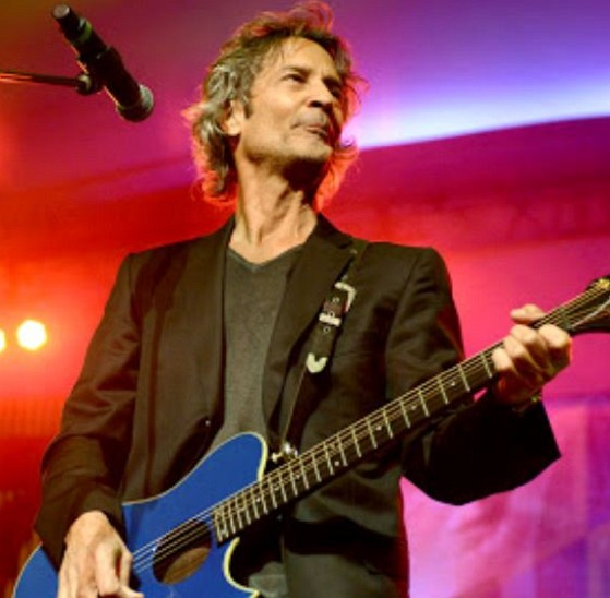 How much is Billy Squier worth