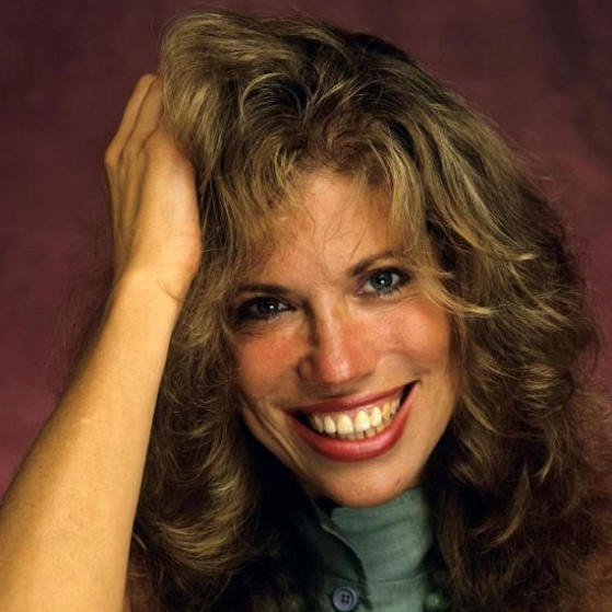 How much is Carly Simon worth