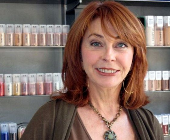How much is Cassandra Peterson worth