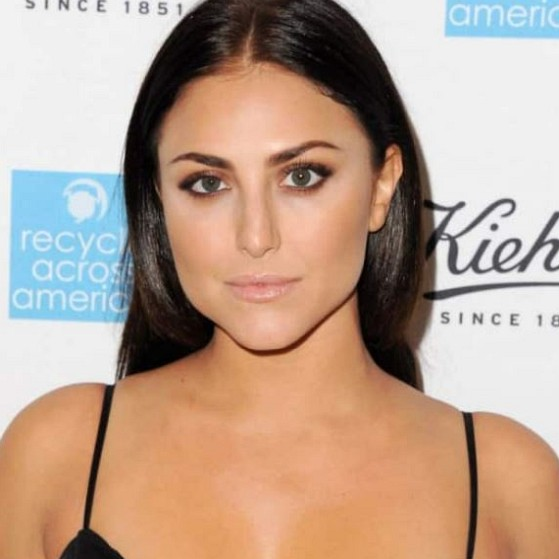 How much is Cassie Scerbo worth