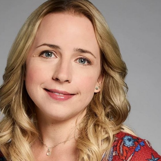 How much is Lecy Goranson worth